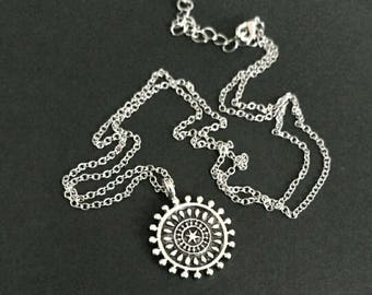 New necklace mandala boho indie star flower intricate beautiful silver tone circle pattern