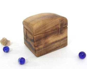 Oregon Myrtlewood Box, Valentines Gift, presentation box, engagement ring box, ring bearer box, earring box, jewelry box, cuff links box