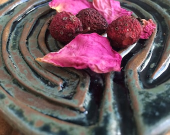 Labyrinth Dish with Herbal Incense- Altar Dish, Finger Labyrinth, Meditation, Hecate Labyrinth, Incense Burner, Smudge Dish