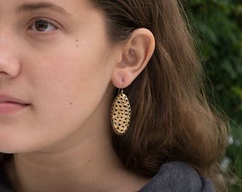 22K Gold dangle earrings, perforated ovals, 38mm