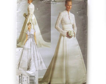 VOGUE Wedding Gown Pattern with Lace Bodice and Train / Vogue 2929 Wedding Dress - UNCUT FF / Size 12 Bust 34