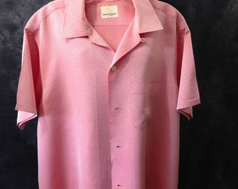 S a l e Vintage 1960's Van Heusen red and silver rayon top loop short sleeve shirt 16-16 1/2 Ad Men