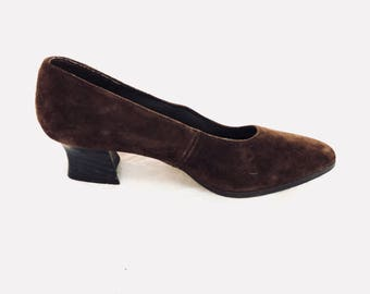 90's chunky block heel chocolate suede pumps womens 6