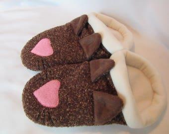 Cat Face Slippers - Ladies Medium