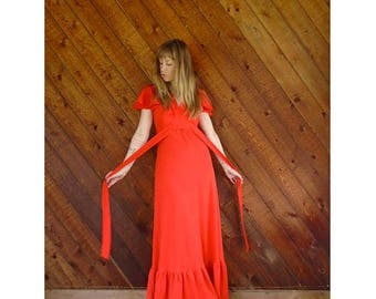 15% Memorial Day Wknd ... Red Flutter Sleeve Boho Maxi Dress - Vintage 70s - S Petite