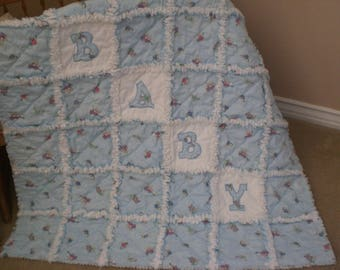 Baby rag quilt with applique
