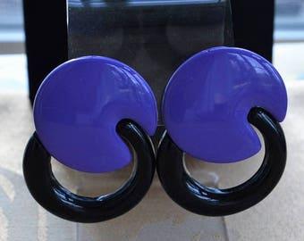 ON SALE Purple, Black Plastic Pierced Earrings, Retro, 1980's (Q11)