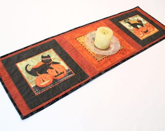 Cats Halloween Quilted Table Runner, Cats and Pumpkins Table Runner Quilt, Orange and Black Halloween Decor, Quiltsy Handmade
