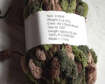 Chenille Pom Pom Yarn Scarf Hat Knit Crochet Green Tan Brown Novelty Camouflage