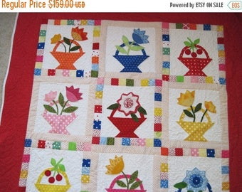 Summer Sale Quilted wall hanging lap quilt throw quilt flower basket applique quilt
