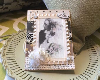 Best Wedding Cards - Vintage-style Wedding Cards - Vintage Couple Card - Summer Wedding Card