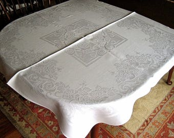DAMASK Tablecloth Vintage Bone WHITE Blended Cloth Center Square