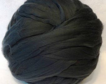 Merino Wool Roving, Merino Roving, Wool Roving, Spinning Wool, Felting Wool - Graphite 8 oz