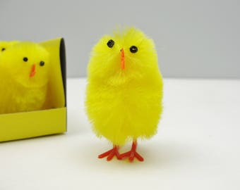 Yellow chicks set of 6