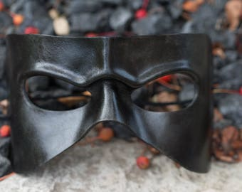 Black Frowning Leather Masquerade Mask