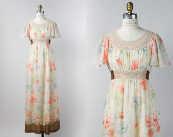 1970s Boho Maxi Dress - Vintage 70s Dress - Natural Cream Empire Waist Floral Dress with Macrame Crochet - S