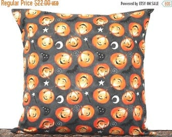 Christmas in July Sale Halloween Pumpkins Pillow Cover Cushion Bats Crescent Moon Sorcerers Hat Magic Wand Gray Black Orange White Decorativ