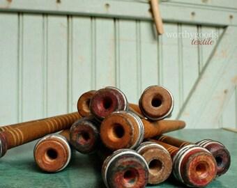 SHIPS TOMORROW 1 Wood Spool - Antique Industrial Wooden Textile Bobbin Yarn Center Pull Ball Winder Nostepinne Thread Organizer Rustic Home