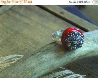 SALE JEWELED APPLE. Rhinestone topped glass apple cocktail ring. Fall fashion