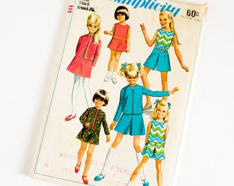 Vintage 1960s Girls Size 6 Mod Jacket Skirt Culottes and Blouse Simplicity Sewing Pattern 7566 UNCUT / b25 w22