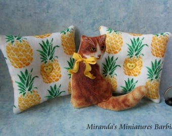 Barbie Blythe 1:6 Cottage Chic Yellow Pineapple orange Tabby cat pillow set