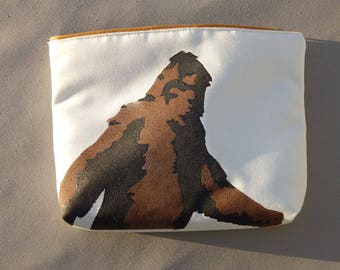 "SASQUATCH ZIPPERED BAG squatch bigfoot tablet case yeti big foot cryptozoology cosmetic makeup painted 9""x12""x2.5"" Crabby Chris™ Original"