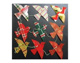 Christmas Garland - RED & GREEN - Holiday Garland - Bird Garland - Holiday Decor - Christmas Decor - Paper Bird Garland