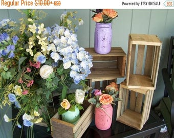 PICK ME SALE wedding centerpiece ,Wood Planter Box , Rustic wood Crates , wedding reception , rustic wedding , wedding decor , mason jar hol