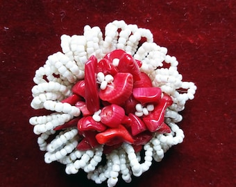 Red passion brooch with red corals and glass beads
