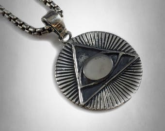 ALL SEEING EYE  pyramid masonic symbols pendant sold sterling silver 925