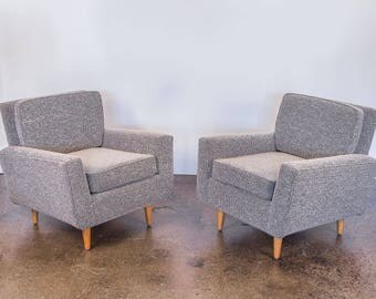 Pair of Early Florence Knoll Model 25 Lounge Chairs
