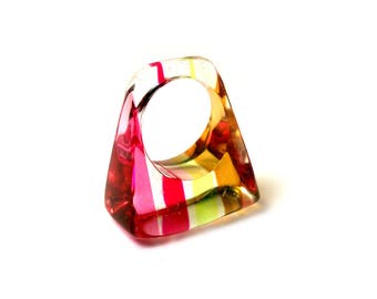Chunky Rainbow Striped Lucite Ring MOD Size 7-1/2