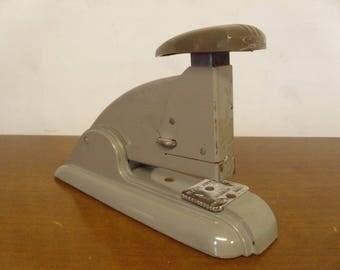 Vintage 1950's  Swingline Stapler  Speed Stapler 3