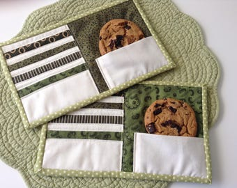 """QUILTED MUG RUGS, Green, 6"""" x 10"""", Set of 2, Snack Mats,  Small Placemats, Large Coasters, Hostess Gift,  Quilted Mug Mats, Handmade Quilts"""