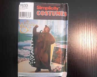 Vintage 1997 Wizard of Oz Adult Cowardly Lion Costume #7833 Simplicity S thru L Halloween Costume Sewing Pattern