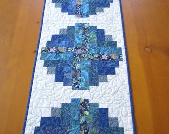 Blue and White Table Runner, Quilted Table Runner, Handmade Table Runner, Log Cabin Block Table Runner, Table Quilt, Table Linen