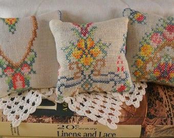 Vintage Lavender Sachet Petite Point Peacocks Embroidery Shabby Cottage Chic