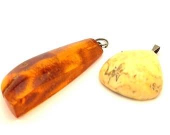 Amber Baltic Pendant Antique 4.82 Gr Lot 2 Pcs Cognac Egg Yolk Color