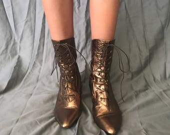 Vintage 80s metallic bronze Stevie Nicks style pointed toe witch boots 8.5