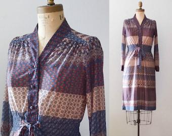 Vintage 1970's Floral Wallpaper Print Dress