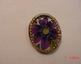 Vintage Porcelain Flower Blossom Print Brooch  17 779