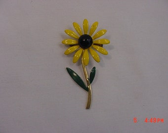Vintage Yellow - Black & Green Enameled Flower Brooch  18 - 571
