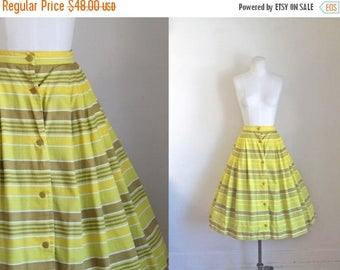"20% off SALE vintage 1950s skirt - SUNNY yellow striped full skirt / XS-S / 26-27"" waist"