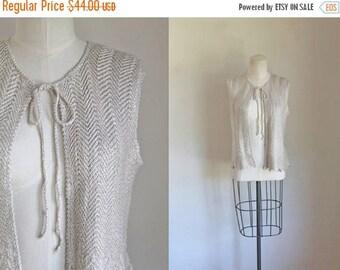AWAY SALE 20% off vintage 1970s knit top - ST. John marie gray chevron vest / S/M