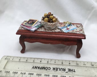 Dolls House Minatures - Coffee Table