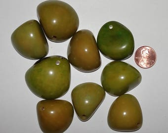 9 Earthy Green Tagua Nut Beads, Top Slices, Organic Beads, Natural Beads, Vegetable Ivory Beads, EcoBeads 10