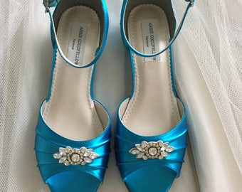 Wedding Shoes - Wedge - Wedding Shoes - Wedges-Low Heels -Wedding Shoe Wedge - Bridal Wedge Wedding Flats - Custom Shoe -  200 Colors