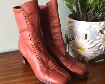 Fantastic burnt orange leather 1970s boho leather booties 7/7.5