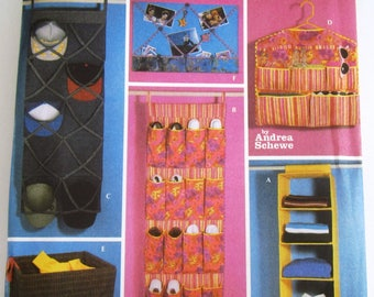 Room Organizers: Hanging Shelves and Shoe Pockets, Storage Wall Hanging, Laundry Bag, Bulletin Board Simplicity Pattern 5124 UNCUT