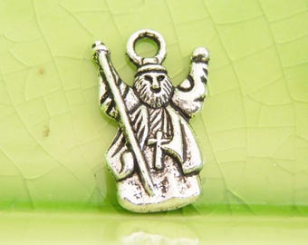20 silver wizard vampire charms pendants fantasy Merlin Once Upon a Time fairytale cross priest religious 18mm x 12mm - C0745-20